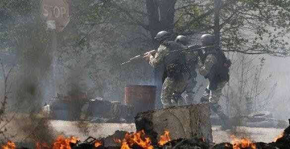 Военные не решились войти в славянск
