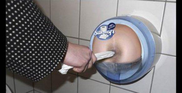 Секс вгрязном ванючим туалете смотреть бесплатно