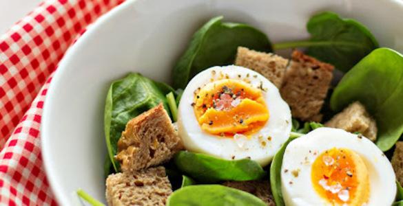 салат с шпинатом рецепт простой
