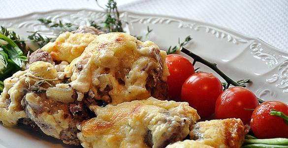 Рецепт мяса по французски из курицы с помидорами