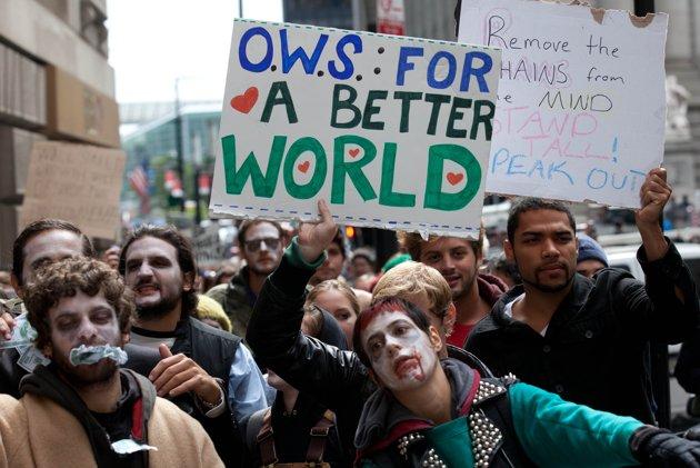 К акции оккупация Уолл стрит присоеденились зомби