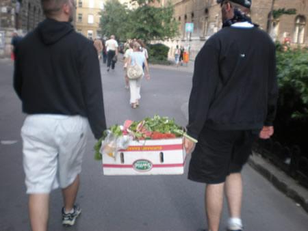 ящик фруктовых патронов для гомосексуалистов